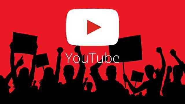 youtube-crowd-uproar-protest-ss-19201920 إغلاق قنوات يوتيوب لمتاجر السيارات في شيكاغو وأصحابها غاضبون من جوجل