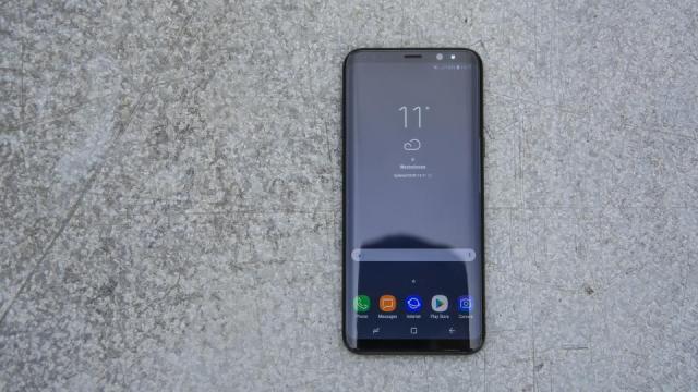 samsung_galaxy_s8_plus مراجعة Galaxy S8 Plus: نسخة أكبر من جالكسي اس 8 لا داعي لشرائها