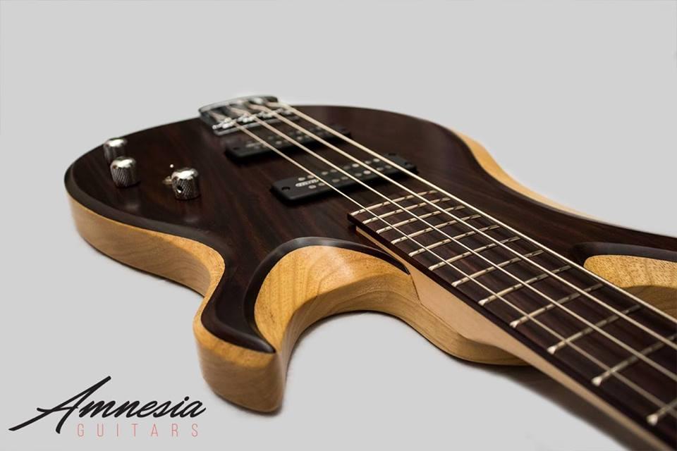 Amnesia Midget Bass 4