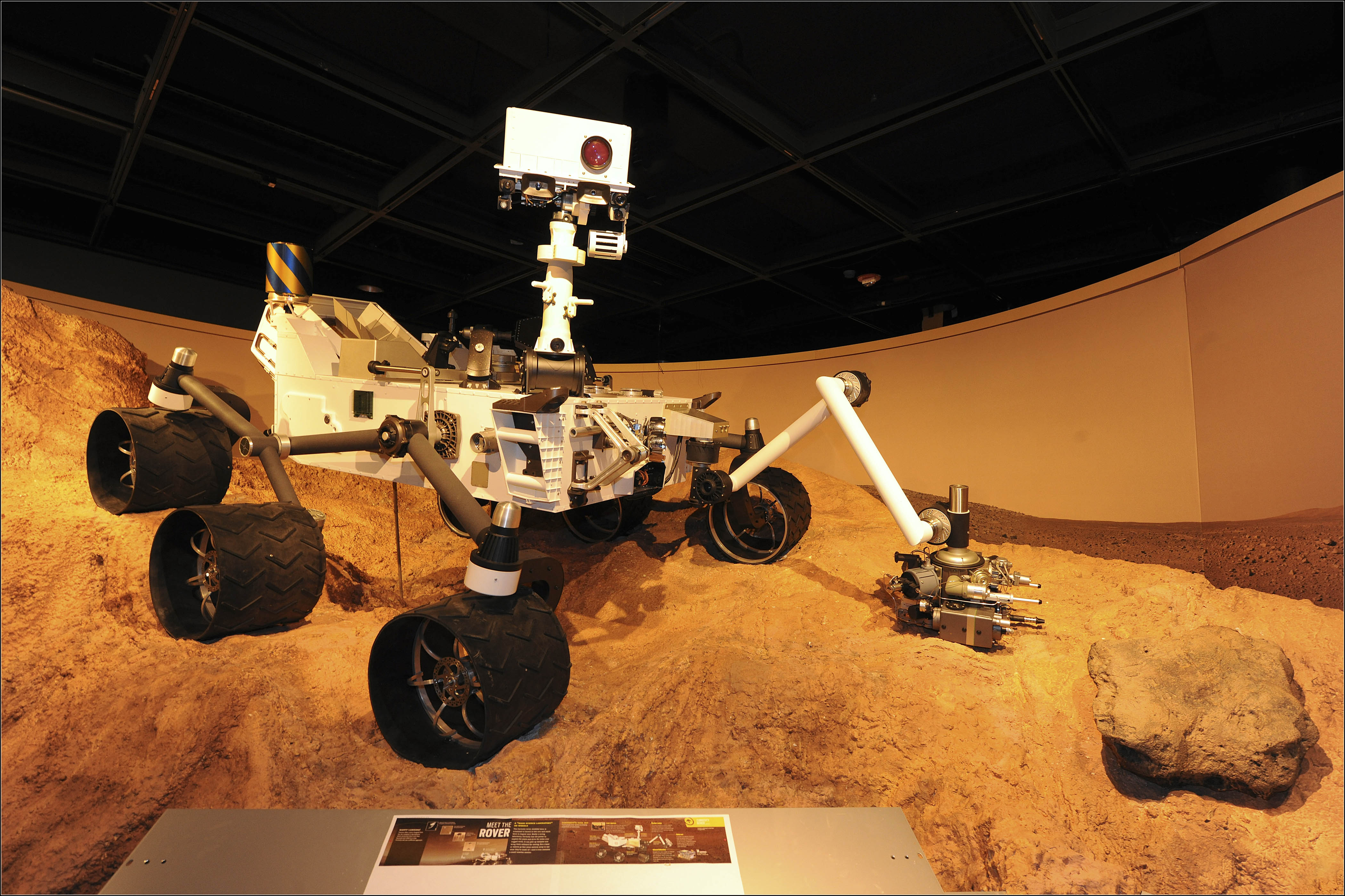 Curiosity Rover Arrives on Mars to Begin Mission