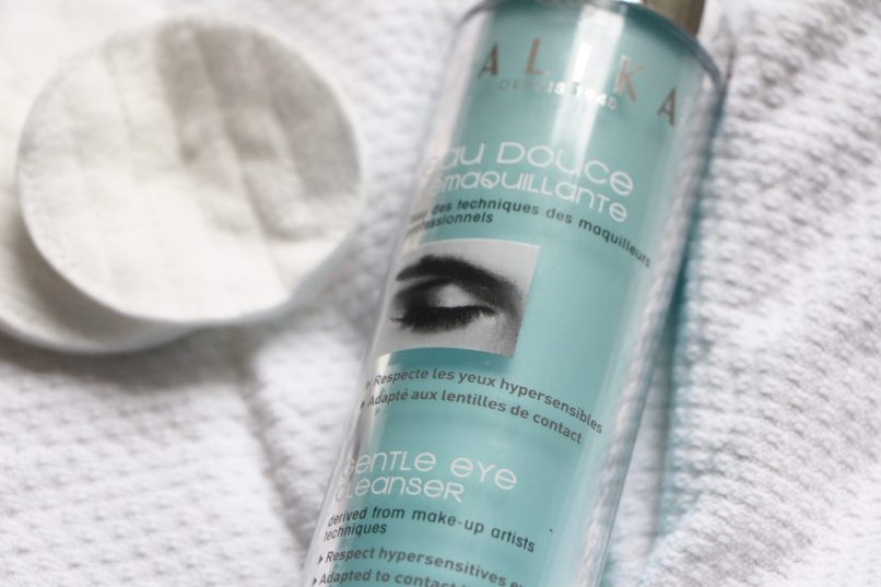 The Best Makeup Removers For Sensitive Eyes A Model Recommends