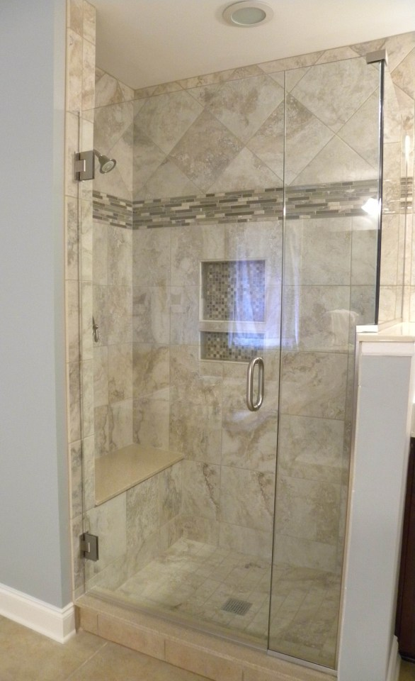 Tips for Keeping Your Glass Shower Door Clean