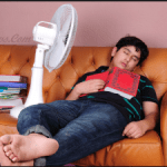 Inilah Bahaya Jika Tidur dengan Kipas Angin Menyala