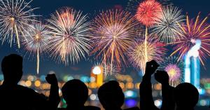 8 Tradisi Unik dalam Menyambut Tahun Baru di Berbagai Belahan Dunia