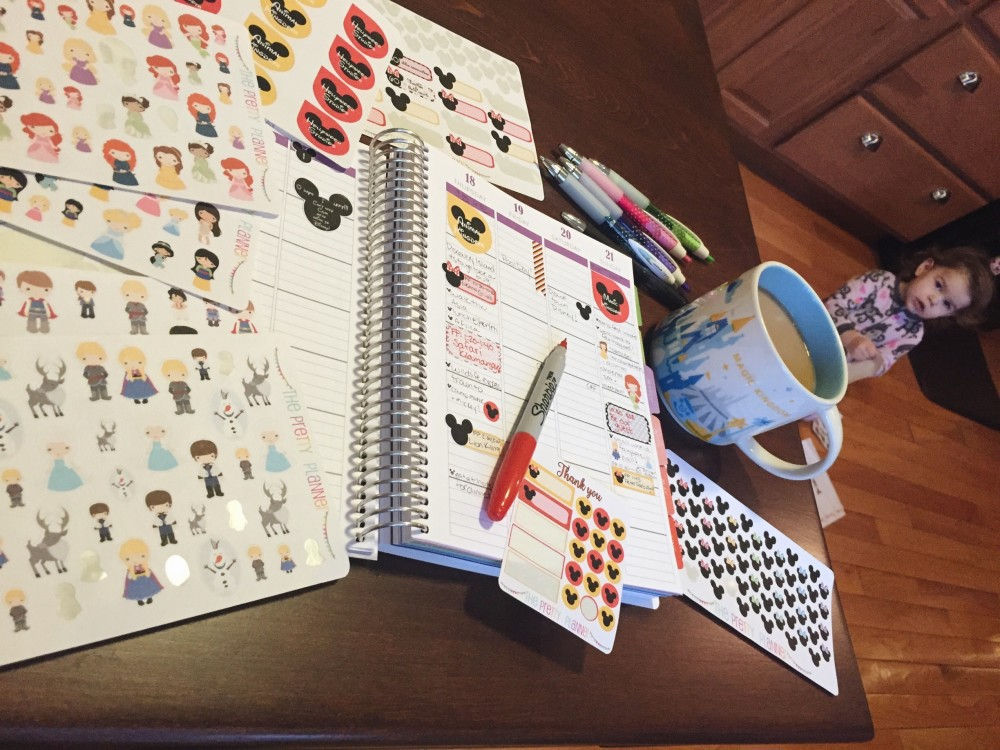 planning for disney with the pretty planner // a monkey and his mama