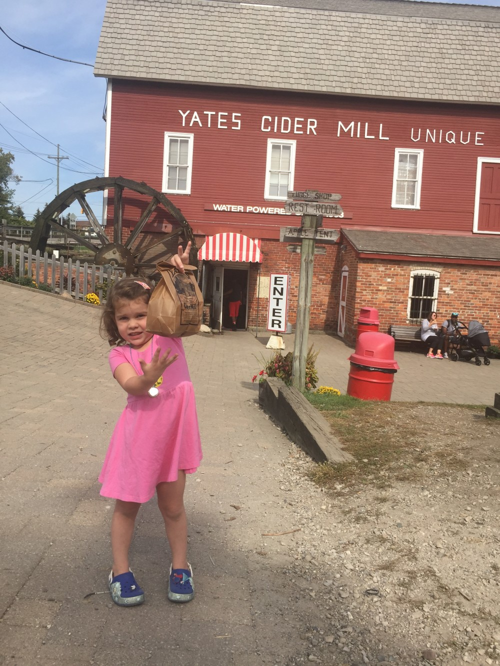 michigan fall cider and donuts