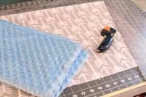 baby blanket tutorial - minky blanket tip -amorecraftylife.com