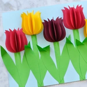 spring flower kid crafts - crafts for kids - kid craft -#kidscraft #preschool #craftsforkids amorecraftylife.com