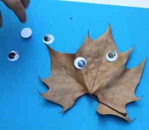 leaf people kid craft - nature kid craft -amorecraftylife.com #kidscraft #craftsforkids #preschool