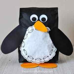 penguin kid crafts - arts and crafts activities -winter kid craft- amorecraftylife.com #kidscraft #craftsforkids #winter #preschool