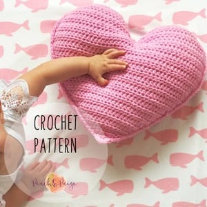 heart pillow crochet pattern -heart crochet pattern- crochet pattern pdf - valentines day pattern- amorecraftylife.com #heart #crochet #crochetpattern