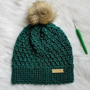 beginner hat crochet patterns - beanie crochet patterns - winter hat crochet patterns - crochet pattern pdf - amorecraftylife.com #crochet #crochetpattern