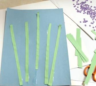 paper flower kid craft - spring flower kid crafts - crafts for kids - kid craft -#kidscraft #preschool #craftsforkids amorecraftylife.com