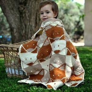 blanket fox crochet pattern - blanket crochet pattern - amorecraftylife.com #crochet #crochetpattern #diy
