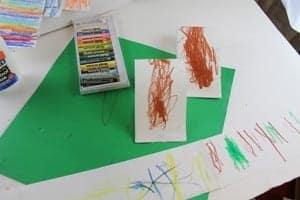 striped paper snail Kid Craft- amorecraftylife.com #kidscrafts #craftsforkids #preschool