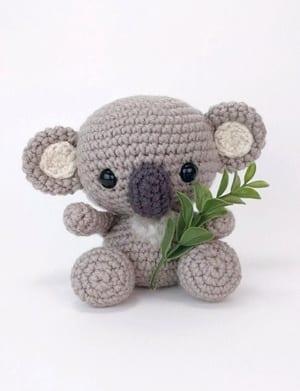 Amazon.com: Koala Bear Amigurumi -- Koala Bear plush for desk ... | 391x300