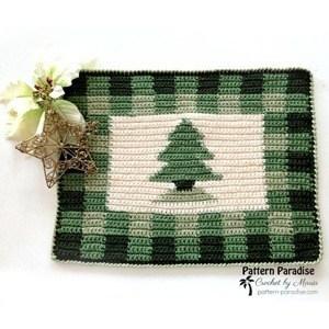 crochet Christmas patterns - winter - home decor- amorecraftylife.com #crochet #crochetpattern #diy #christmas