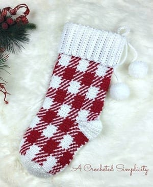 crochet Christmas patterns - winter - home decor- amorecraftylife.com #crochet #crochetpattern #diy #christmas