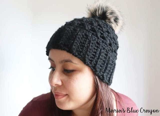 This image has an empty alt attribute; its file name is chunnky-pompom-Crochet-Beanie-hat-pattern.jpg
