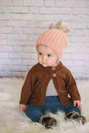 free bulky crochet hat patterns - winter hat - beanie crochet pattern - amorecraftylife.com #hat #crochet #crochetpattern