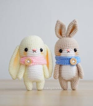 Amazon.com: Puffy Pals Amigurumi Crochet Pattern (Easy Crochet Doll  Patterns Book 8) eBook: Thawornsupacharoen, Sayjai: Kindle Store | 341x300