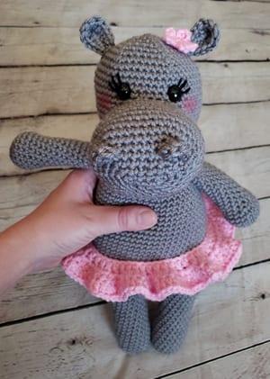 crochet hippo patterns- amigurumi hippopotamus crochet pattern - stuffed toy pattern #crochet #crochetpattern #diy #amigurumi
