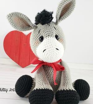 Pedro the Donkey amigurumi pattern - Amigurumipatterns.net | 334x300
