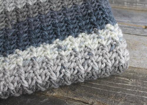 modern chunky crochet blanket pattern - amorecraftylife.com - baby afghan - free printable crochet pattern #baby #crochet #crochetpattern #freecrochetpattern