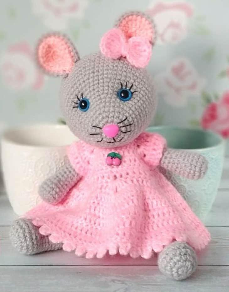 crochet mouse patterns - amigurumi crochet pattern - amorecraftylife.com #crochet #crochetpattern #diy #amigurumi