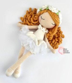 doll crochet patterns - ballerina crochet pattern pdf - amigurumi crochet pattern - amorecraftylife.com #doll #crochet #crochetpattern