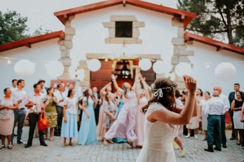 Destination Wedding in Portugal Vineyard - Gabi + Joe_142