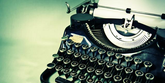cropped-typewriter-1580800-639x427-2.jpg