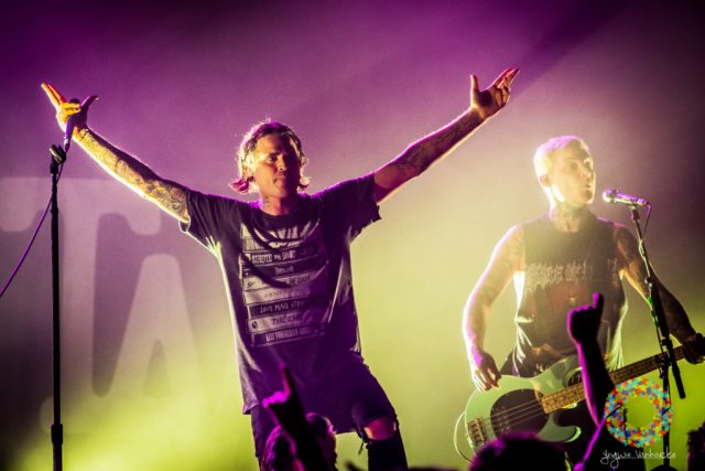 the-amity-affliction-126