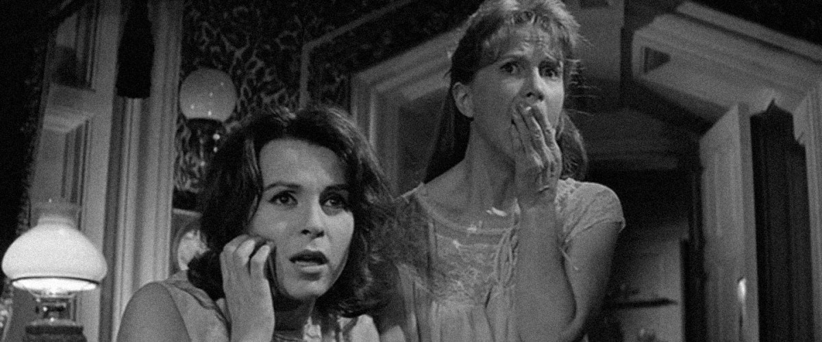 Claire Bloom and Julie Harris in The Haunting