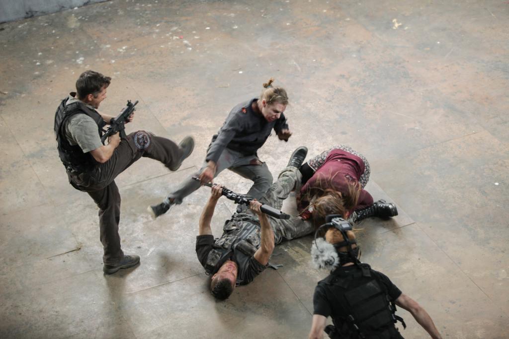 ampisound-intense-zombie-pov-last-empire-behind-the-scenes23