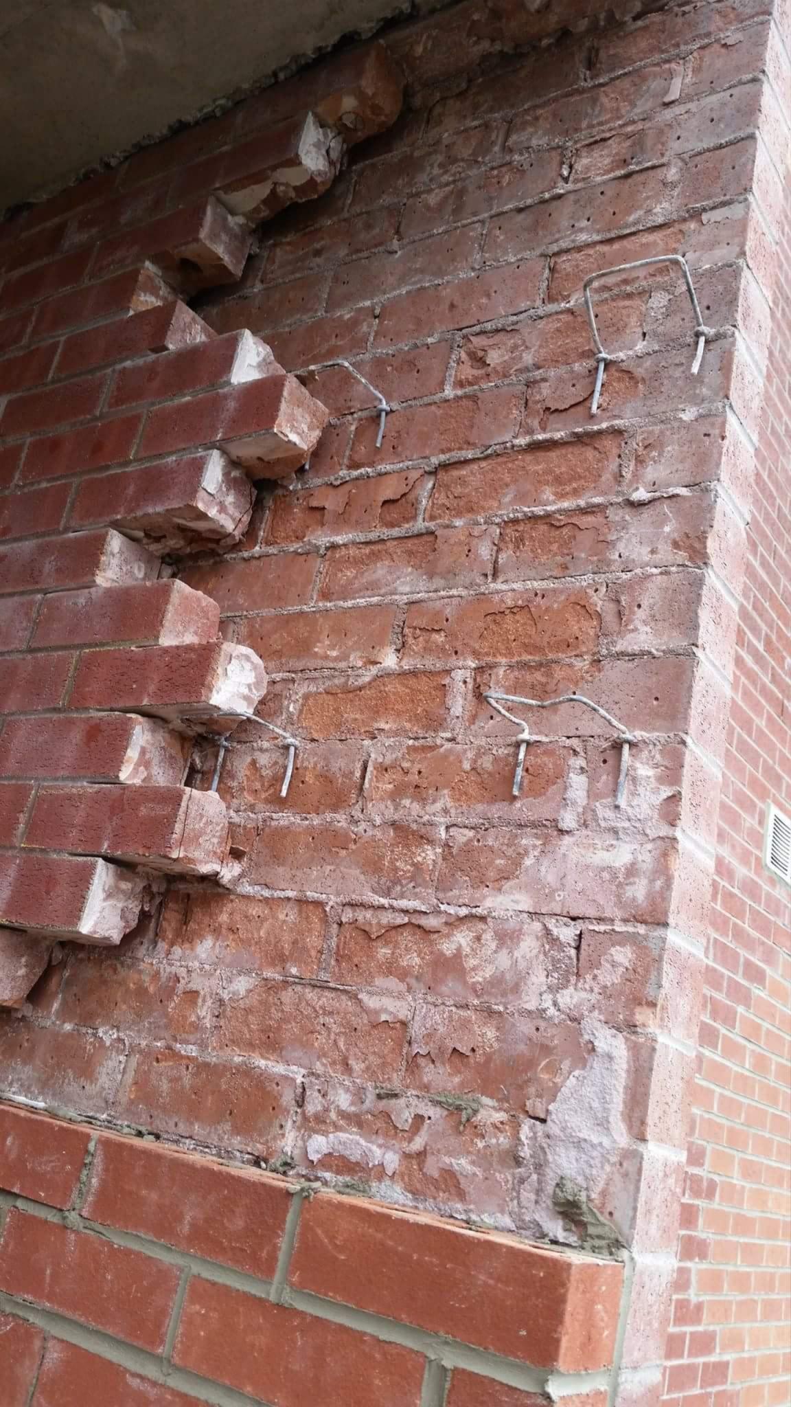 Brick Repair We Fix Broken Loose Damaged Bricks