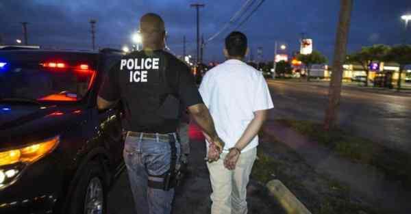 ICE Making Arrest in Dallas