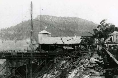 Mt Kembla coal mine disaster