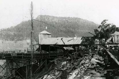 Mt Kembla coal mine disaster