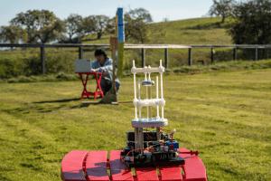 VLF antenna mines rescue communications