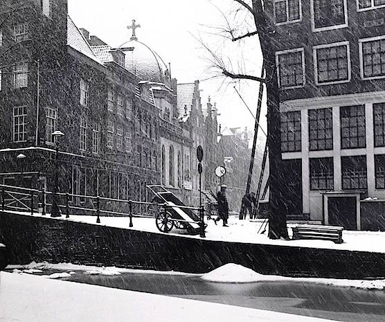 Amsterdam Red Light District. Oudezijds Achterburgwal. 1951