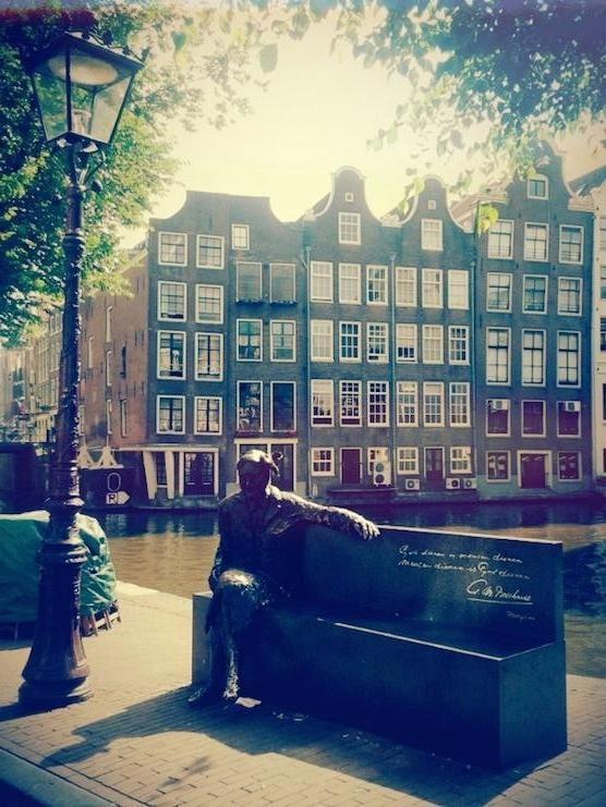 Major Bosshardt statue in Amsterdam's Red Light District
