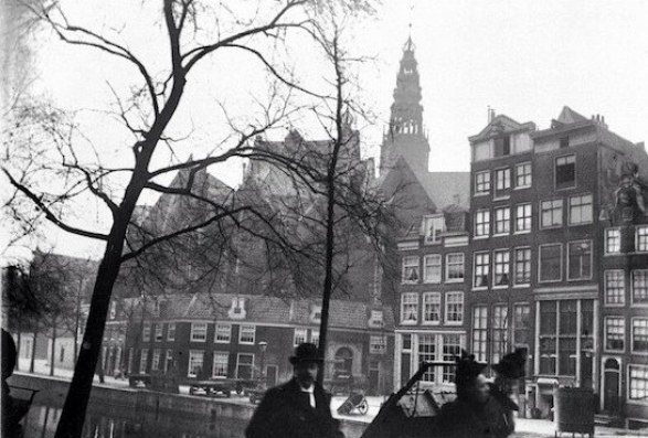 Amsterdam Red Light District The Old Church Oudezijds Voorburgwal januari 1886 small