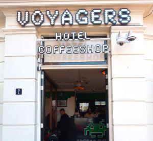 Coffeeshop Voyagers Amsterdam Entrance