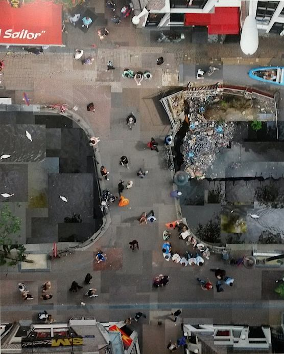 Art in the Red Light: This is how Amsterdam's Red Light District looks like from above.