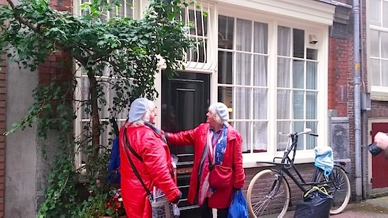 Famous prostitutes twins Amsterdam: Martine and Louise Fokkens in the Red Light District