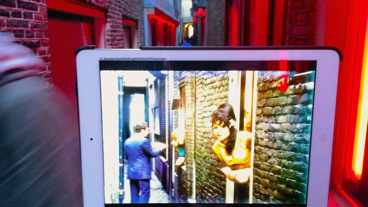 Amsterdam Red Light District Now and then: Narrowest Alley