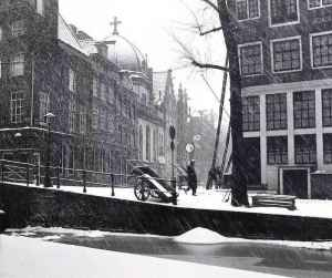 Amsterdam in Pictures: Red Light District Winter
