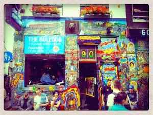 Amsterdam Coffee Shop The Bulldog Against Red Bull