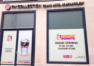 Dunkin Donuts Amsterdam Flagship Store Warmoesstraat